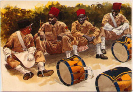 Musiciens De La Nouba Du 13e Régiment De Tirailleurs Sénégalais à La Caserne D'Orléans (Alger) En 1943 - Uniformi