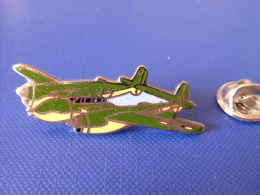 Pin´s Avion De Chasse - Militaire - Lockheed P-38 Lightning (Q17) - Airplanes