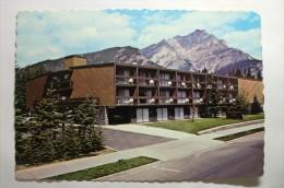 Traveller's Inn, BANFF, Alberta, Canada - Banff