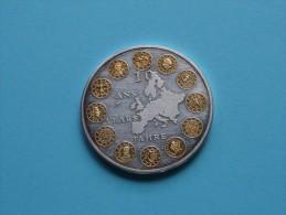 10 Ans Years Jahre EURO ( 26.7 Gr. - 40 Mm. / Zilverkleur / Details, Zie Foto ) ! - Autres
