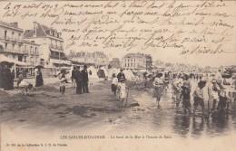Thématiques 85 Vendée Les Sables D'Olonne Le Bord De La Mer à L'heure Du Bain Ecrite Timbrée Cachet 19 08 1903 - Sables D'Olonne