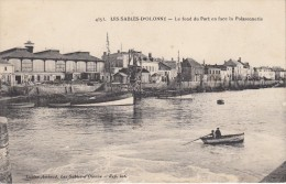 Thématiques 85 Vendée Les Sables D'Olonne Le Fond Du Port En Face De La Poissonnerie Voilier LS 23 92 Datée M 17 04 1912 - Sables D'Olonne