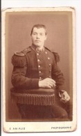 85 - LA ROCHE SUR YON - CDV, Photo Sur Carton Militaire, 93 Sur Le Col, Vers 1900 - Non Classés