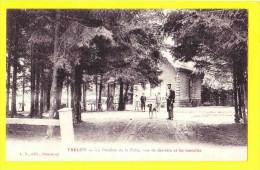 * Trélon (Dép 59 - Nord - France) * (L.S. édit Hautmont) Le Pavillon De La Folie, Vue De Derrière Et Les Tonnelles Chien - France