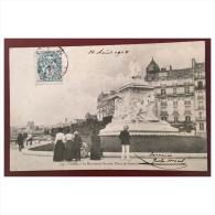 Paris  Le Monument Pasteur  Place De Breteuil  554  CM - Statues