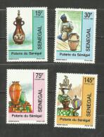 Sénégal N°842 à 845 Neufs Avec Trace De Charnière* Cote 3.15 Euros - Senegal (1960-...)