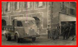 Dept 29  Guerlesquin  Photographie Le Camion Benne De La Commune    ( Scan Recto Et Verso ) - Guerlesquin
