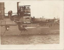 Bateaux  :   De Guerre  ??     Carte Photo    Réf 1390 - Paquebots