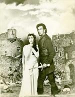 Ivanhoe Robert & Elizabeth Taylor Cinema Chevalerie Medieval Ancienne Photo De Film 1952