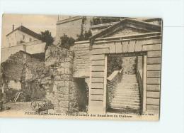 PESMES - Porte D' Entrée Des Escaliers Du Château  - 2 Scans - Pesmes