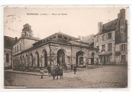37 - BOURGUEIL - Place Des Halles - Autres Communes