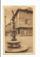 SAINT CERE  PLACE DU MERCADIAL LA FONTAINE ET RUE PASTEUR - Saint-Céré