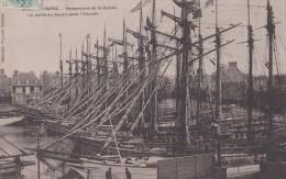 Carte 1904 PAIMPOL / Perspective De La Flotille , La Veille Du Départ Pour L'islande (bateau,voiliers,terre Neuva ) - Paimpol