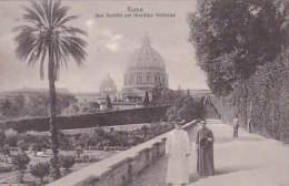 Italy Roma Sua Santita nel Giardino Vaticana