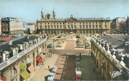 Nancy  - Hôtel De Vile Et Statue De Stanislas   , Animée     , Voitures   Ac115 - Nancy