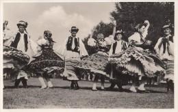38101- CSARDAS HUNGARIAN FOLKLORE DANCE, COSTUMES - Dances