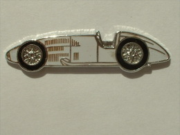 Pin´s VOITURE A DEFINIR  - EMAIL - F1