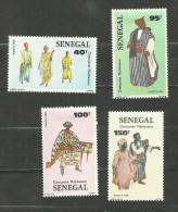 Sénégal N°652 à 655 Neufs Avec Trace De Charnière* Cote 4 Euros - Senegal (1960-...)