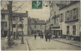 594- PARIS - Montmartre - Place Du Tertre - Ed. C.L.C. - District 18