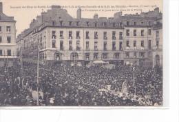 25620 -RENNES 35 France -double Couronnement Bonne Nouvelle Mairie 1908 -procession Place Mairie -ed ? - Rennes