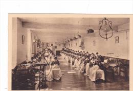 25632 -RENNES 35 France -monastère SAINT CYR, Atelier De La Préservation -tourte Petitin -fille-mere -couture Broderie