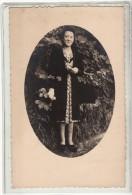 COTE D OR - PLUVAULT - UNE FEMME - 1924 - PHOTO - Personnes Identifiées