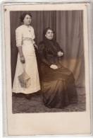 ALGERIE - CONSTANTINE - 2 FEMMES ET 1 JOLI SAC - CARTE PHOTO - Constantine