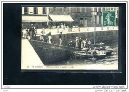 44  LE CROISIC....... Debarquement De La Sardine...a - Le Croisic