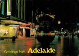 GREETINGS   FROM  ADELAIDE     (VIAGGIATA) - Adelaide
