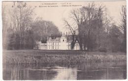 PINTERVILLE 27 La Normandie La  CPA  Le Château Avec La Pièce D´eau Propice à La Chasse Aux Canards - Pinterville