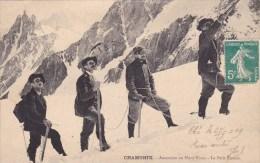 CPA - CHAMONIX : Ascension Au Mont-Blanc - Le Petit Plateau - Chamonix-Mont-Blanc