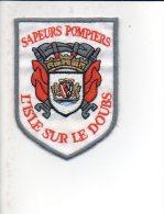 """Pompiers - Ecusson Ou Badge De Manche Tissu  """" Sapeurs Pompiers De L'Isle Sur Le Doubs  """" 25 - Firemen"""