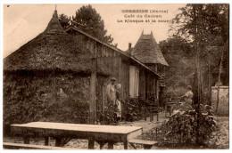 51 GERMAINE - Le Café Du Cadran Le Kiosque Et La Cour Animée - Cpa Marne - France