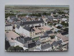 MONTLOUIS-SUR-LOIRE (37): Carte Postale 1960 Le Groupe Scolaire Et Vue Générale - EN AVION AU-DESSUS DE... - France