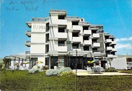 AFRIQUE Maghreb - MAROC Morroco - AGADIR : Royal Hotel - CPSM Dentelée GF - Africa - Agadir