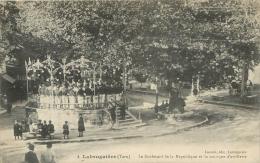 LABRUGUIERE LE BOULEVARD DE LA REPUBLIQUE ET LA MUSIQUE D'ARTILLERIE - Labruguière