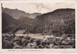 POSTAL DE BASTANIST DE LA ERMITA Y AL FONDO LA SIERRA DEL CADI DEL AÑO 1955 - Lérida