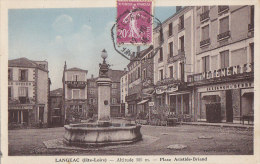 Langeac 43 - Fontaine Commerces Place Aristide Briand - 1935 - Langeac