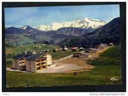 74  ST-JEAN-DE-SIXT   Village Familial De Forgeassoud, A L'arriere Plan, La Chaine Des Aravis - Non Classificati
