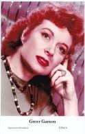 GREER GARSON - Film Star Pin Up - Publisher Swiftsure Postcards 2000 - Artistes