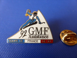 Pin´s Arthus Bertrand - Albertville 1992 - équipe De France De Ski 92 - GMF Assistance - Assurance (AD64) - Arthus Bertrand