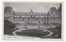 HOULGATE - N° 66 - LA FACADE DU GRAND HOTEL - CPA NON VOYAGEE - Houlgate