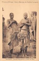 Missions D´Afrique - Soeurs Blanches Du Cardinal Lavigerie - RUANDA - Jeunes Bagoyés En Toilette De Fête - Ruanda-Urundi