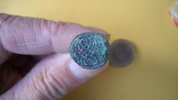 Sceau De Chatelaine En Bronze à Nettoyer . 3 Photos . - Archeologie