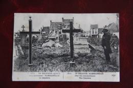 En BELGIQUE Après De Le Bombardement, RAMSCAPELLE - Le Cimetière. - Nieuwpoort