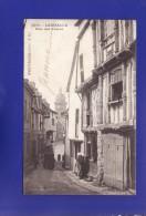 LAMBALLE  Rue Des Freres Animé  1904  (TRES LEGERES PETITES TACHES  Dans Le Ciel SINON Très Très Bon état ) G549) - Lamballe