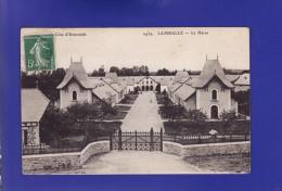 LAMBALLE   Les Haras 1918  (2 OU 3 TRES LEGERES PETITES TACHES  Dans Le Ciel SINON Très Très Bon état ) G551) - Lamballe