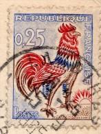 """YT 1331 Coq Decaris - Variété Jaune UV - Sur CP Lourdes - 1965 - Loyeau De Chitenay - CAD Landiras Gros """"15"""" TTB - Varietà: 1960-69 Storia Postale"""