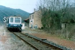 Alet Les Bains (11) 06/04/1996 - Ligne Carcassonne / Quillan - Autorail X2106 - France