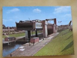 AK 607 Das Neue Schiffshebewerk Henrichenburg In Waltrop – Col. - Cramers Kunstanstalt – 14,8 X 10,5 Cm – Unbeschrieben - Waltrop